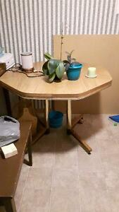 Gently used kitchen table