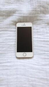 16gb gold iPhone 5s locked to bell Cambridge Kitchener Area image 5