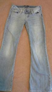 Silver Tuesday jeans 27 W/31 L