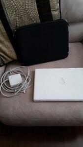 MACBOOK (WHITE) - 250$