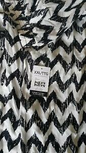 Black & White Chevron Patterned Pants - BRAND NEW! Kitchener / Waterloo Kitchener Area image 4