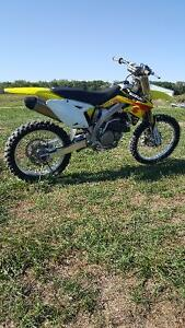 3,300$ or TRADE for SLED and CASH$ 2009 RMZ 450
