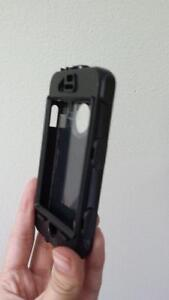 silicone protective case iphone 4 London Ontario image 4
