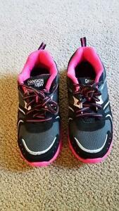 Running shoes size 2