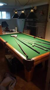 POOL TABLE FOR SALE - LIKE NEW