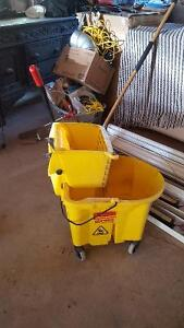 Commercial bucket and mop Peterborough Peterborough Area image 1