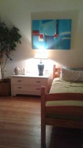 sweet cozy room in Government st bungalow for female