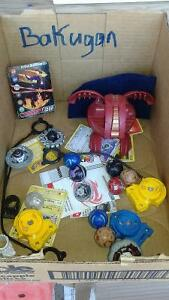 Bakugan(9)...small and large w/carry pouch