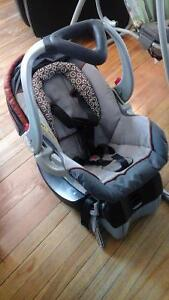 stroller with click carrier/car seat 2010 baby trend model Peterborough Peterborough Area image 2
