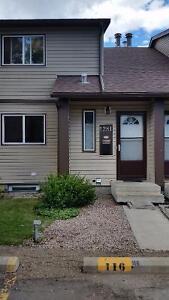 3 Bedroom Townhouse in NE Edmonton