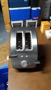 STAINLESS STEEL TFAL 2 SLICE TOASTER