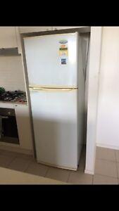 Westinghouse fridge 339lt can deliver ! Chelmer Brisbane South West Preview