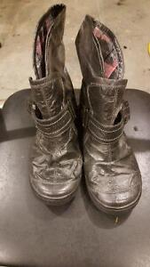 Size 9 women's boots