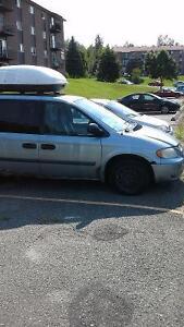 2005 Dodge Caravan Familiale