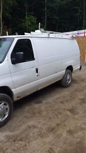 2005 Ford E250 Fourgonnette, fourgon allongé