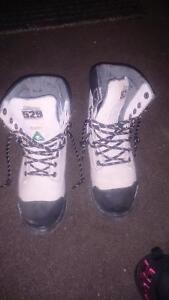 Excellent condition steel toes