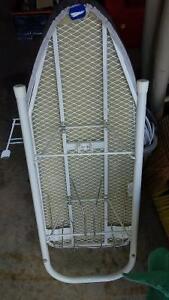 small ironing board Kitchener / Waterloo Kitchener Area image 2