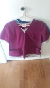 Lot uniformes infirmière Saguenay Saguenay-Lac-Saint-Jean image 5
