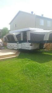 2000 Coleman Utah Tent trailer Great Shape