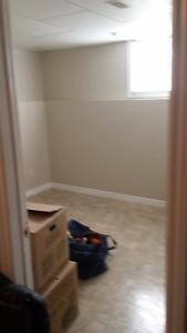 Clean  bright  room close to college Kawartha Lakes Peterborough Area image 6