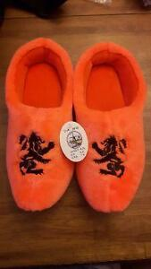 Dutch clog slippers! Size 7/8