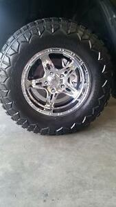 2012 Dodge Ram 1500 4x4 Rims and Tires for sale