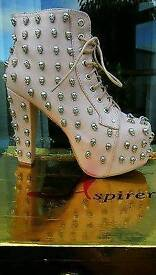 PINK LEATHER ANKLE BOOTS WITH SKULL STUDS
