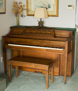 Kohler Campbell Piano with Lamp