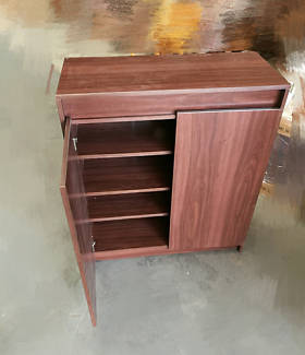 Clearance brand new shoes cabinet size:79.5*35.5*50.5 Contact:Chr