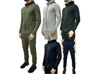 Men's tracksuit (selling fast)