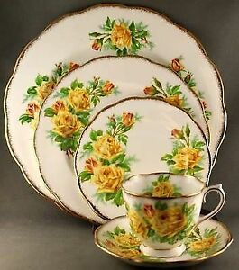 Royal Albert China- Yellow Tea Rose Dinner Set