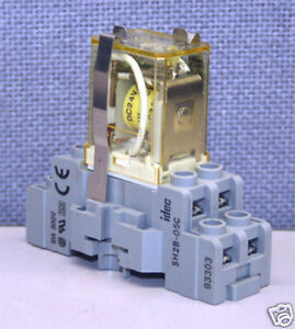 idec rh2b u relay and sh2b 05c socket 24 vdc ebay