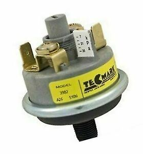 Tecmark Spa 3902 Series Universal Pressure Switch 25A w//out Brass Fittings 3902