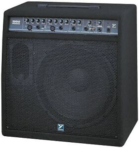 KEYBORD AMPS 4 OF THEM    FROM $ 275 TO450