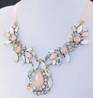 Women's  Crystal Pink Gem Stone Pendant Necklace