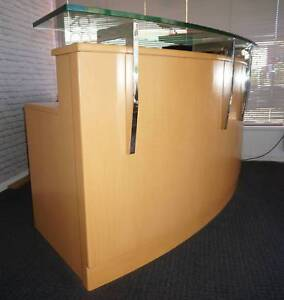 Quality Timber Salon Office Reception Desk Counter