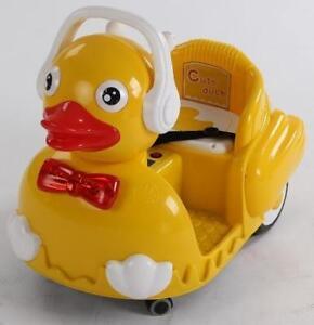Electric Child Ride On Duck with Remote Controller Blinking / Changing Eyes / Bow Lights Music Forward/Reverse MP3 Input