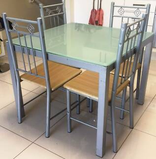 Dinning Table Chairs Reduced Price Delivery Available