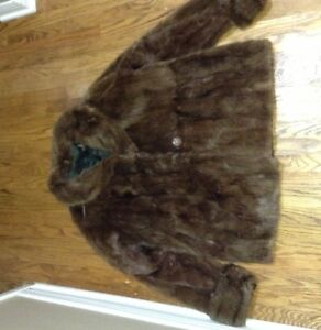 Ladies mink coats, jackets and stole for sale London Ontario image 4