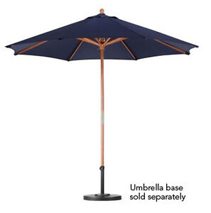 Bond Mfg Y99064 9'  Blue Patio Market Umbrella w Wood Frame