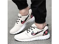 Mens Womens Nike Trainers Shoes SIZE 7.5