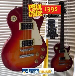 Plusieurs guitares - pédales - ukulele et accessoires à SUPER PRIX actuellement