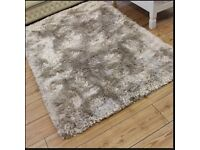 230 x 160cm LUXURY RUG! Brand New In Original Packaging RRP £400