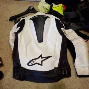 Alpinestars tech-1r leather race jacket size 36us/46eu Bankstown Bankstown Area Preview