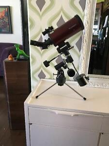 Orion Apex 90mm Telescope and Mount