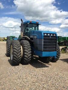 Ford New Holland 9880 tractor