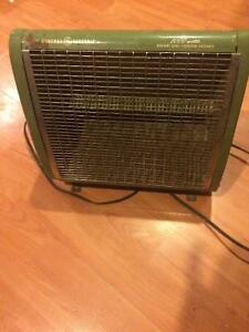 Genere electric old heater. 1000 watts