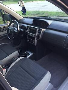 2005 Nissan SUV, very clean car. With set of winters Cambridge Kitchener Area image 5