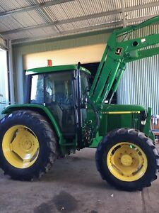 Tractor JOHN DEERE 6410 premium cab with loader Yarramundi Hawkesbury Area Preview