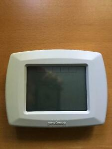 Honeywell RTH8500D 7 Day Programmable Thermostat Cambridge Kitchener Area image 1